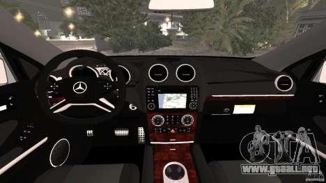 Mercedes-Benz ML63 AMG Brabus para GTA 4 vista hacia atrás
