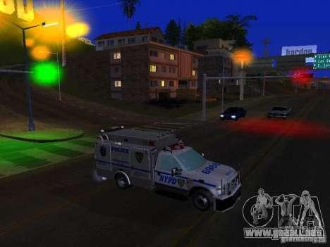 Ford F350 REP Truck para GTA San Andreas left