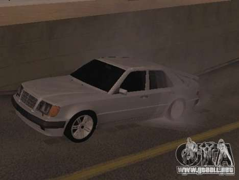Mercedes-Benz E500 Taxi 1 para GTA San Andreas left