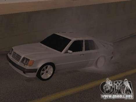 Mercedes-Benz E500 Taxi 1 para GTA San Andreas left