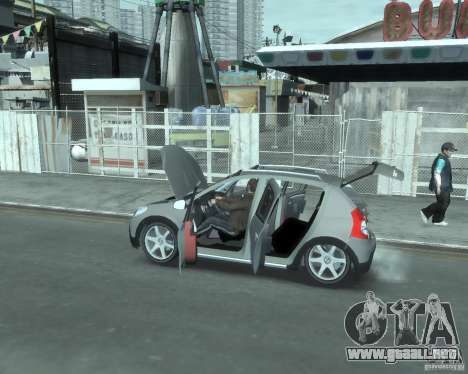 Renault Sandero v2.0 para GTA 4 vista hacia atrás