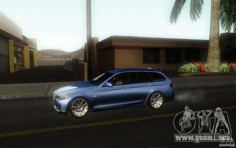 BMW F11 530d Touring para GTA San Andreas left