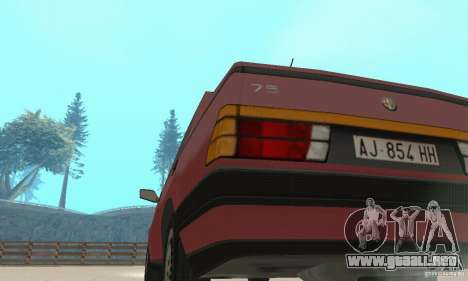 Alfa Romeo 75 para GTA San Andreas vista hacia atrás