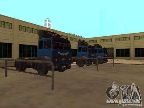 MAZ 5432 YAMZ-238b 4 x 2 para GTA San Andreas left