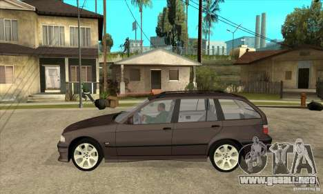 BMW 318i Touring para GTA San Andreas vista posterior izquierda
