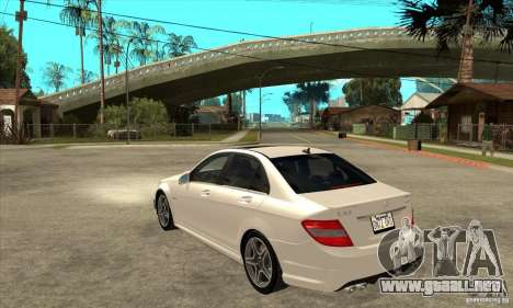 Mercedes-Benz C63 AMG 2010 para vista inferior GTA San Andreas