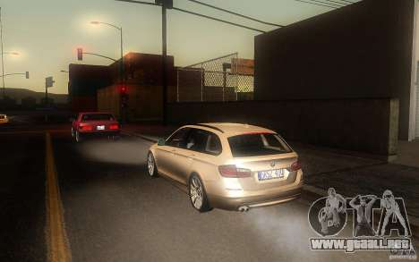 BMW F11 530d Touring para la visión correcta GTA San Andreas