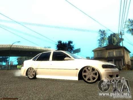 Chevrolet Vectra CD 2.2 16V 2003 para la visión correcta GTA San Andreas