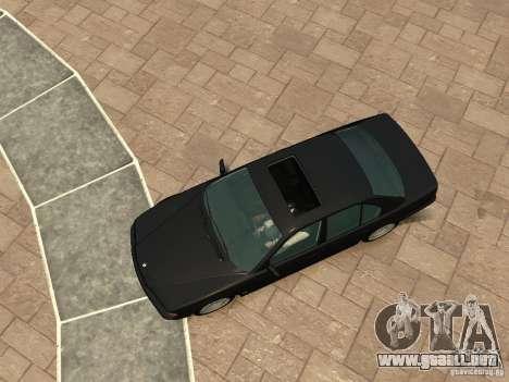 BMW 750i (E38) 1998 para GTA 4 vista hacia atrás
