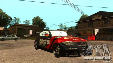 BMW 135i Coupe GP Edition Skin 2 para GTA San Andreas vista hacia atrás