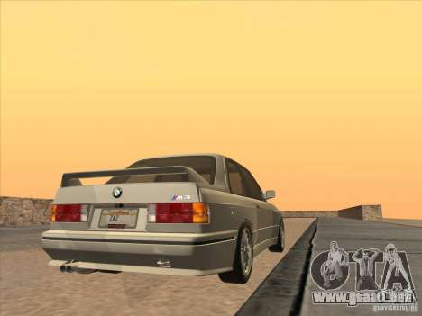 BMW M3 E30 1991 para GTA San Andreas left