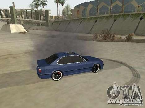 BMW M5 E34 V2.0 para GTA San Andreas vista hacia atrás