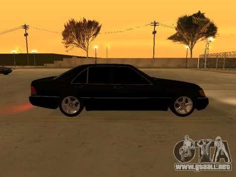 Mercedes-Benz S400 w140 v2.0 para GTA San Andreas vista posterior izquierda