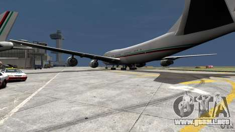 Real Emirates Airplane Skins Flagge para GTA 4 left
