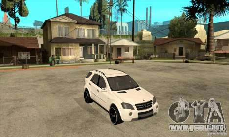 Mercedes-Benz ML 63 para GTA San Andreas vista hacia atrás