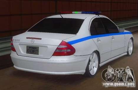 MERCEDES BENZ E500 w211 SE policía Rusia para GTA San Andreas left