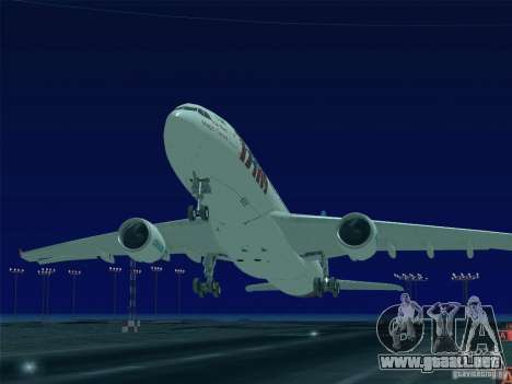 Airbus A330-223 TAM Airlines para vista inferior GTA San Andreas