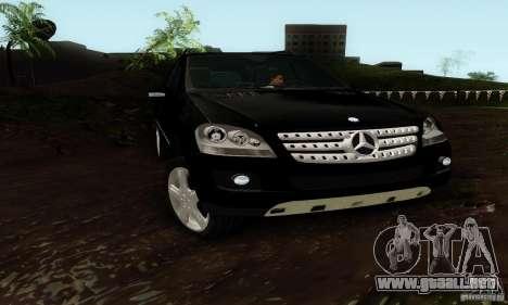 Mercedes-Benz ML500 para la visión correcta GTA San Andreas