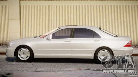 Mercedes-Benz W220 para GTA 4 vista interior