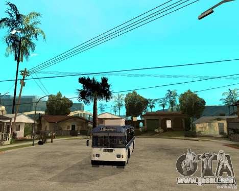 ZiU 52642 para GTA San Andreas vista hacia atrás