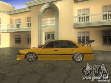 Mazda 626 DRIFT para GTA San Andreas left