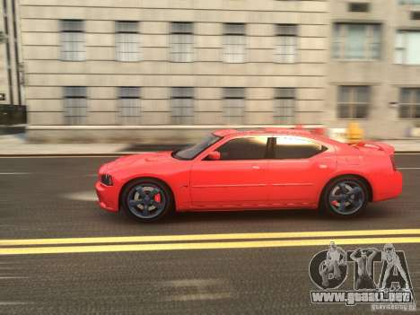 Dodge Charger SRT8 2006 para GTA 4 vista lateral