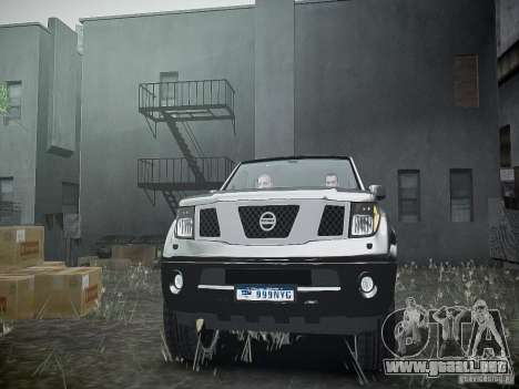 Nissan Pathfinder 2010 para GTA 4 vista lateral