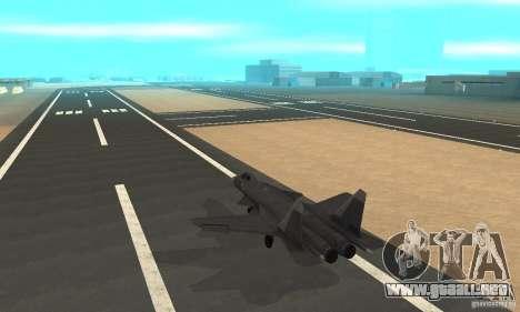 Su-47 berkut aprobar para GTA San Andreas vista posterior izquierda