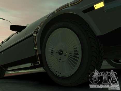 DeLorean BTTF 2 para GTA 4 vista lateral