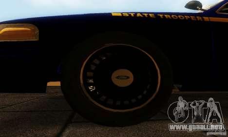 Ford Crown Victoria New York Police para la visión correcta GTA San Andreas