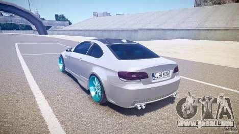 BMW E92 para GTA 4 Vista posterior izquierda