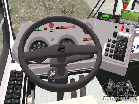 LIAZ 5256.25 para GTA 4 vista hacia atrás
