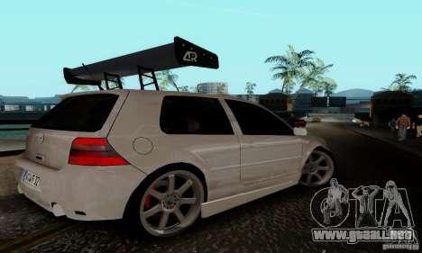 Volkswagen Golf 4 para la visión correcta GTA San Andreas