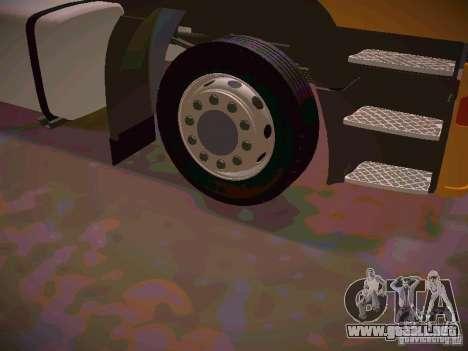Iveco EuroTech para GTA San Andreas vista hacia atrás