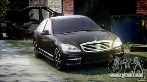 Mercedes-Benz S63 AMG [Final] para GTA 4 vista hacia atrás