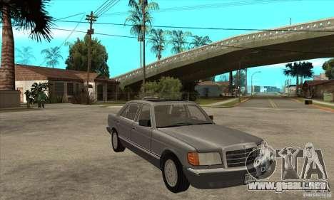 Mercedes Benz W126 560 v1.1 para GTA San Andreas vista hacia atrás