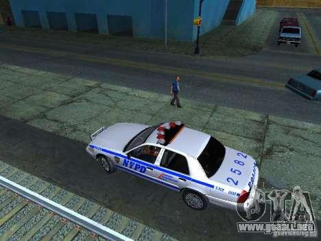 Ford Crown Victoria 2009 New York Police para visión interna GTA San Andreas