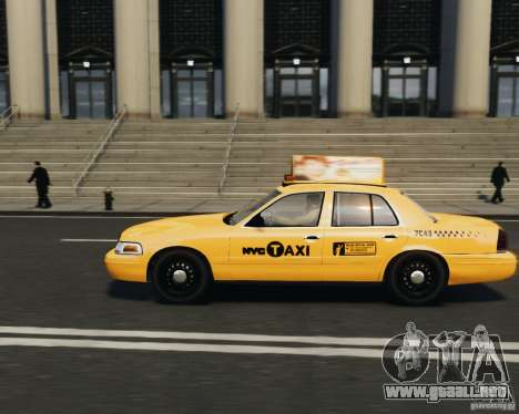 Ford Crown Victoria NYC Taxi 2012 para GTA 4 left