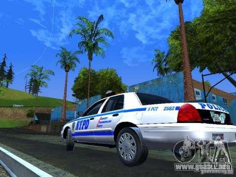 Ford Crown Victoria 2009 New York Police para GTA San Andreas vista hacia atrás