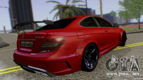 Mercedes Benz C63 AMG Black Series 2012 para GTA San Andreas left