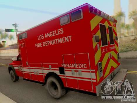 Dodge Ram 1500 LAFD Paramedic para GTA San Andreas vista posterior izquierda