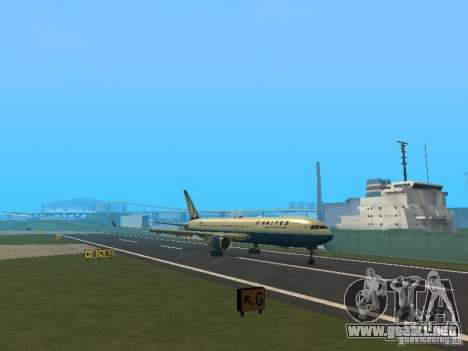 Boeing 767-300 United Airlines New Livery para GTA San Andreas left