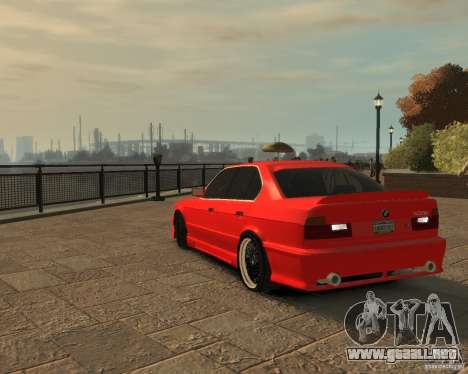 Bmw 535i (E34) tuning para GTA 4 vista interior