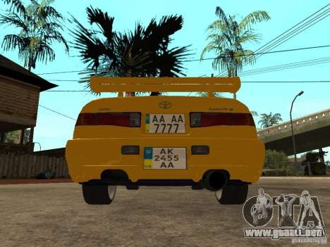 Toyota Camry TAXI para GTA San Andreas vista posterior izquierda