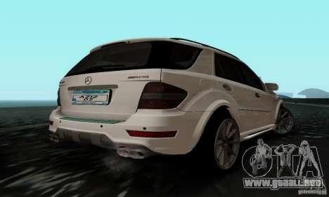 Mercedes Benz ML63 AMG para GTA San Andreas left