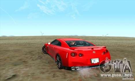 Nissan GT-R R-35 2012 para GTA San Andreas left