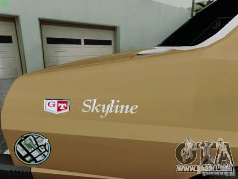 Nissan Skyline 2000GT C210 para GTA San Andreas vista posterior izquierda