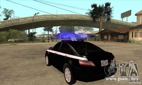 Toyota Camry 2010 SE Police RUS para GTA San Andreas vista posterior izquierda