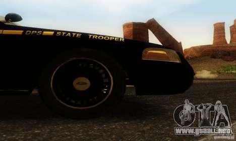 Ford Crown Victoria Nevada Police para la visión correcta GTA San Andreas