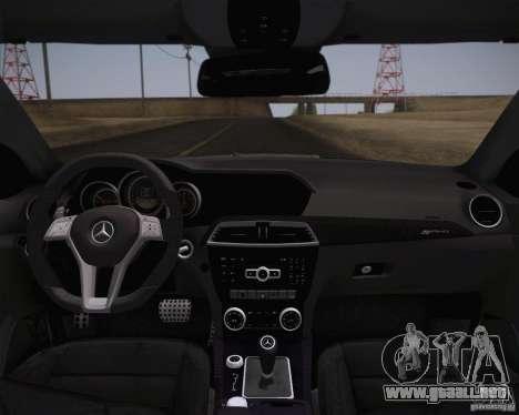 Mercedes-Benz C63 AMG Black Series para GTA San Andreas vista posterior izquierda
